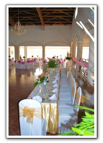 table honneur decoration dore espace les colonnades salle de r ception salle de mariage. Black Bedroom Furniture Sets. Home Design Ideas