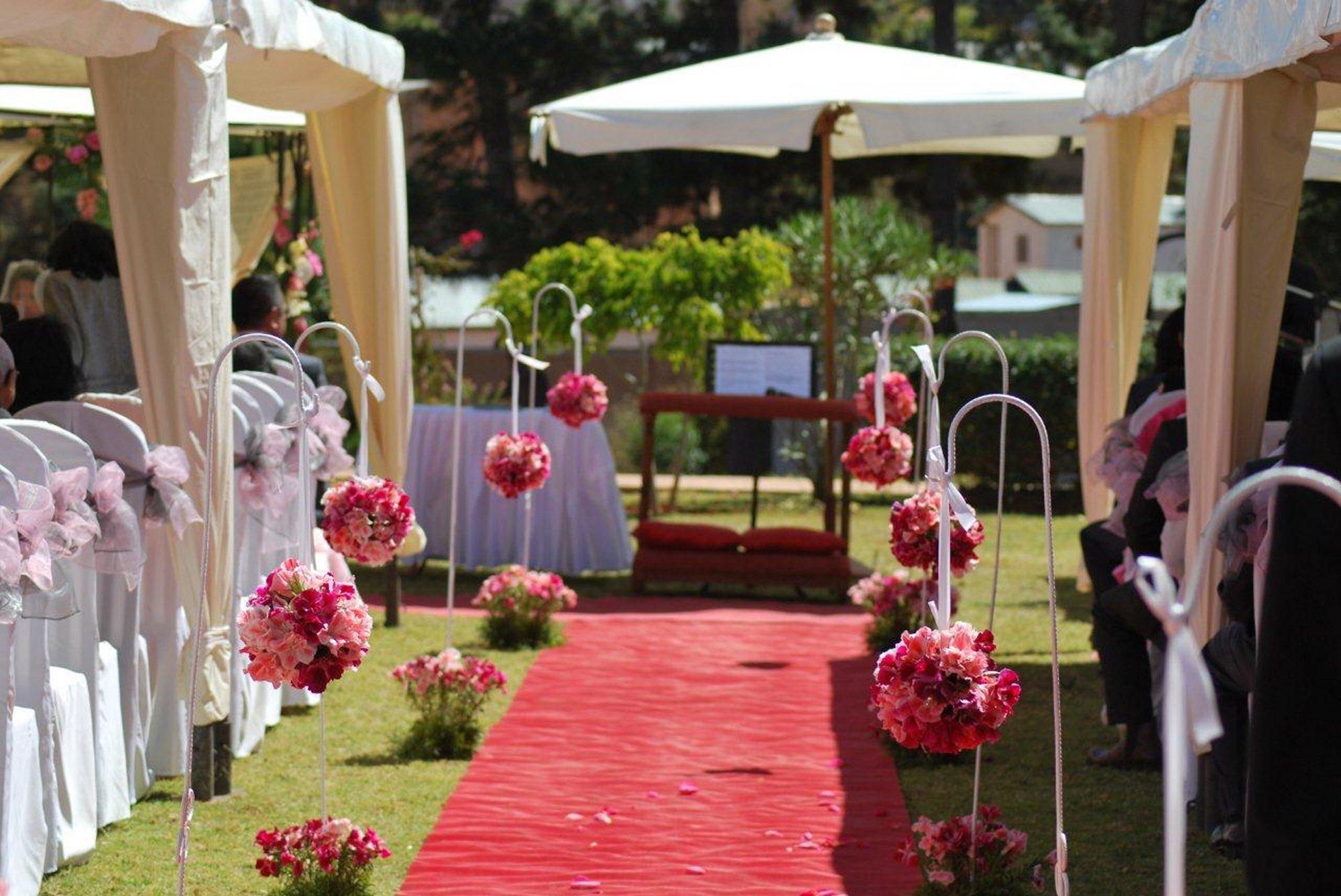 fleurs archives espace les colonnades salle de r ception salle de mariage domaine. Black Bedroom Furniture Sets. Home Design Ideas