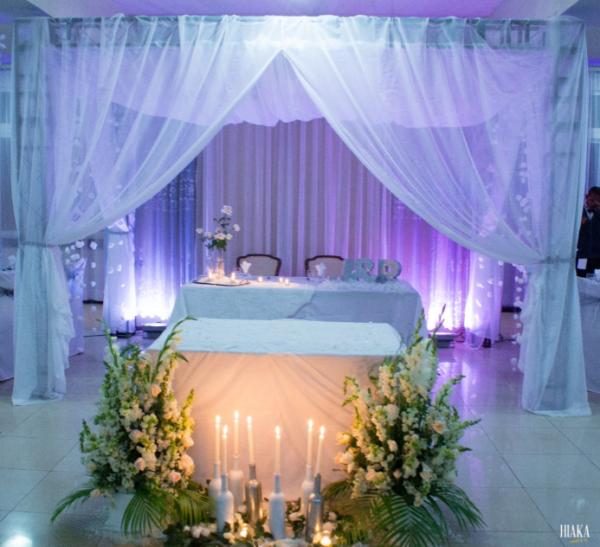 décoration table des mariés tana