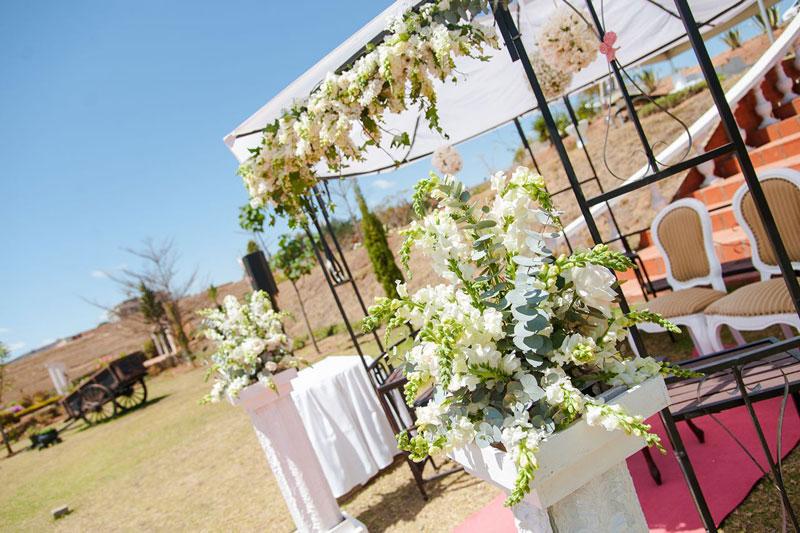 mariage-exterieur-colonnades