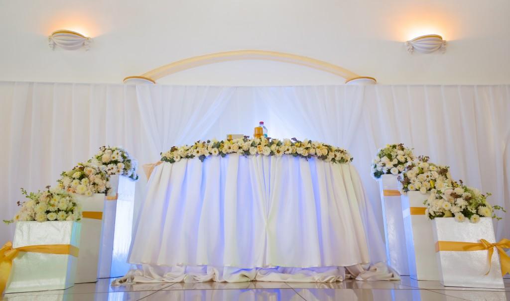 table-mariés-Colonnades-espace