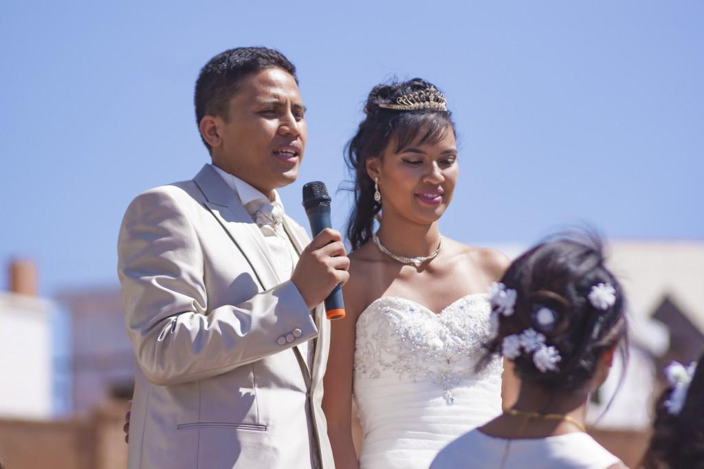 Accueil mariés collonades