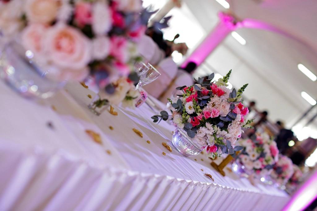 Dera & Diamondra-déco-table-mariage-colonnades-3