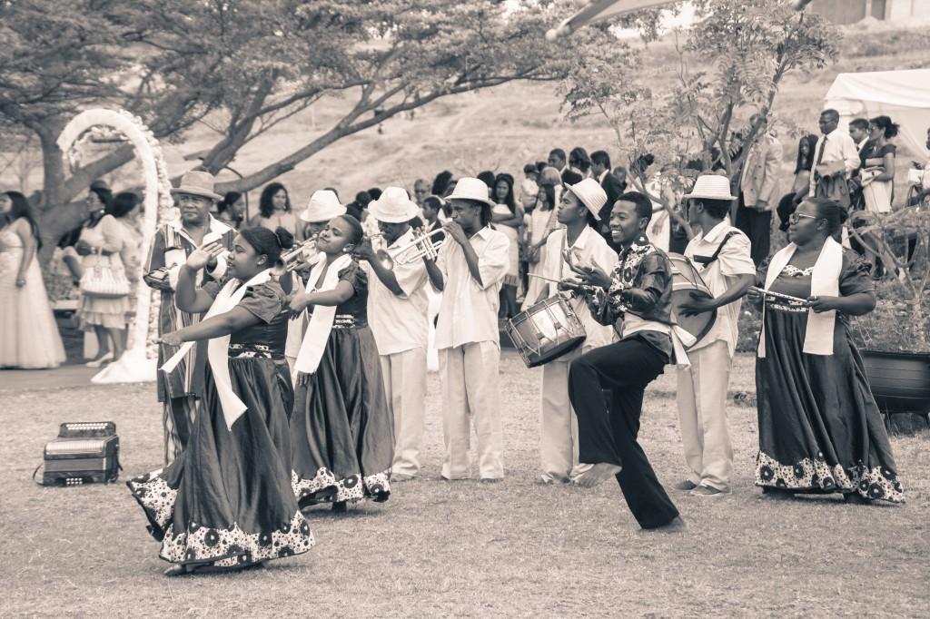 mariage-espace-colonnadesHenintsoa-malala (15 sur 30)