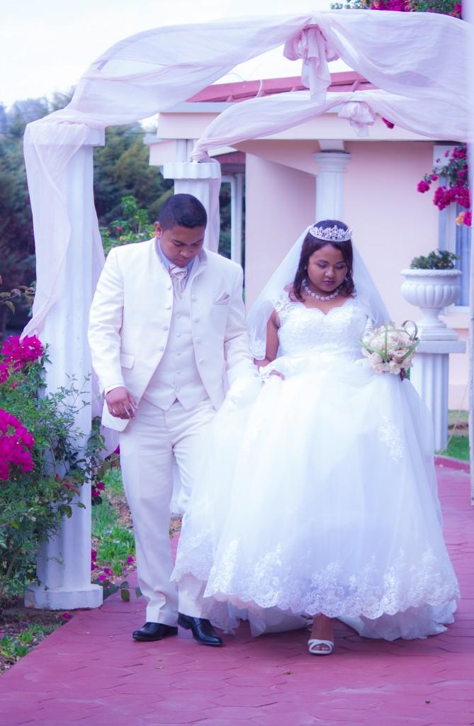 mariage-espace-colonnadesHenintsoa-malala (19 sur 30)
