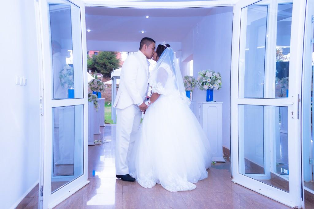 mariage-espace-colonnadesHenintsoa-malala (25 sur 30)