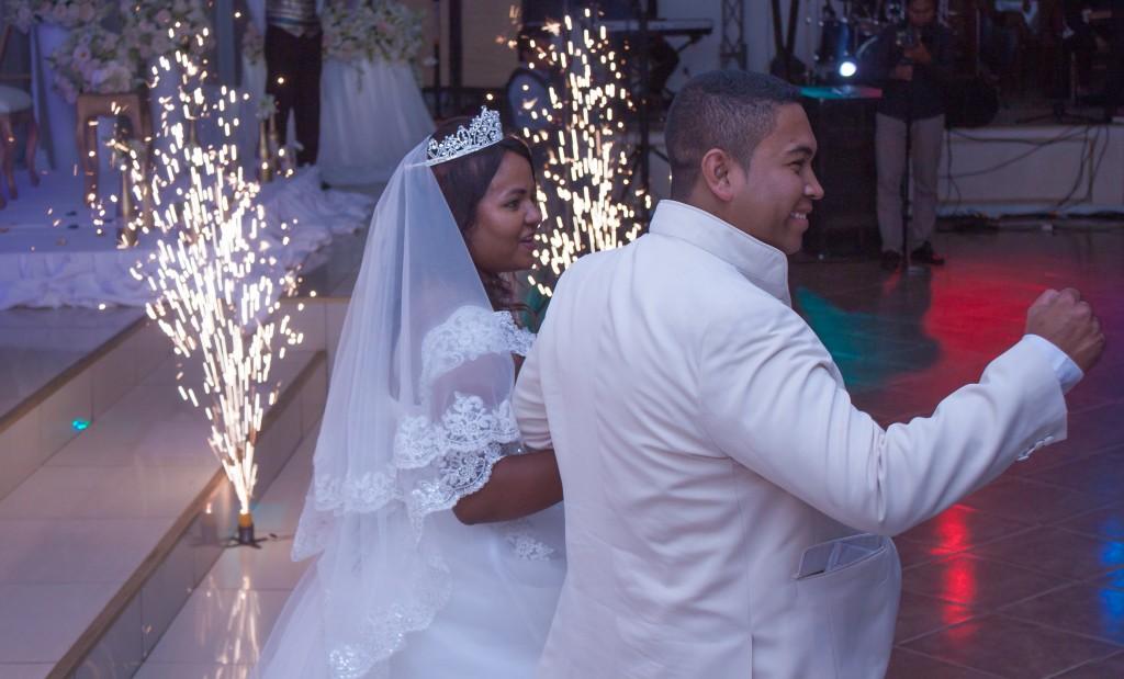 mariage-espace-colonnadesHenintsoa-malala (29 sur 30)