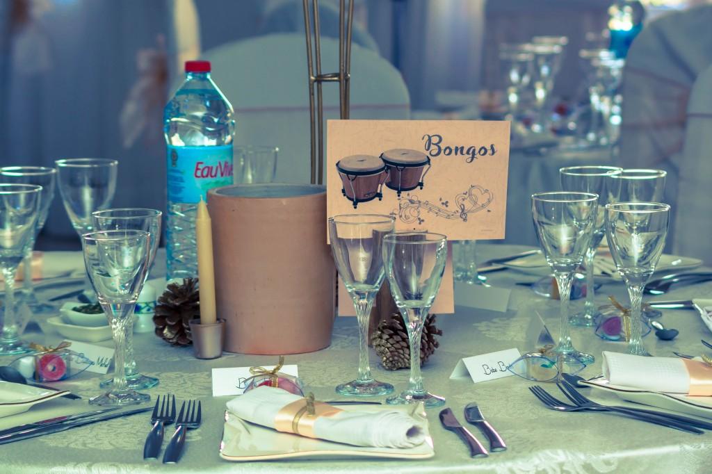 décoration-mariage-table-invités-colonnades-mariage-Madagascar-1
