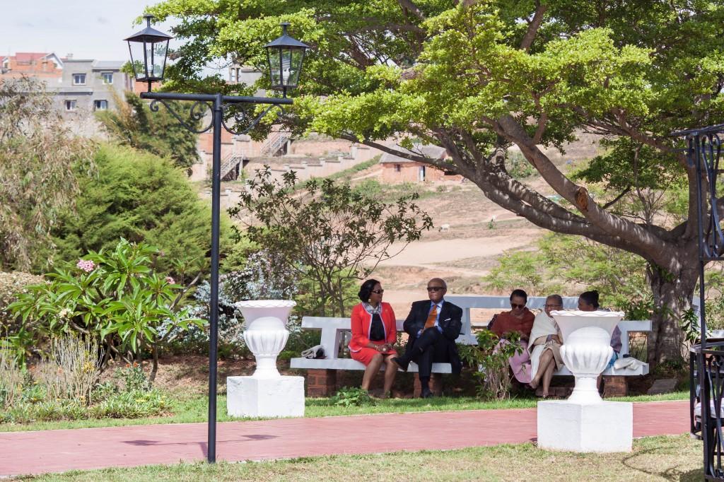 mariage-réception-invités-colonnades-madagascar-1