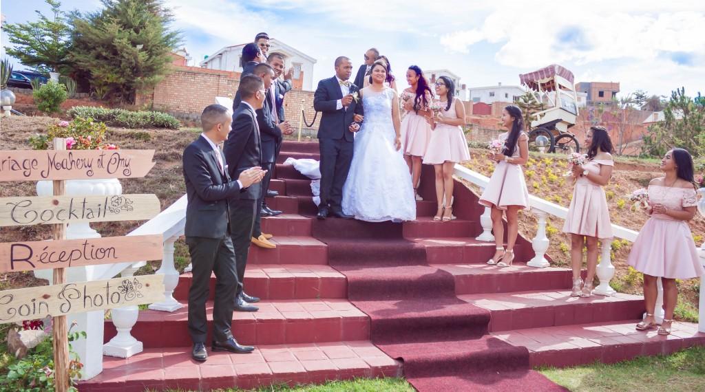 filles d'honneur-mariage-colonnades-mariage-Madagascar-8