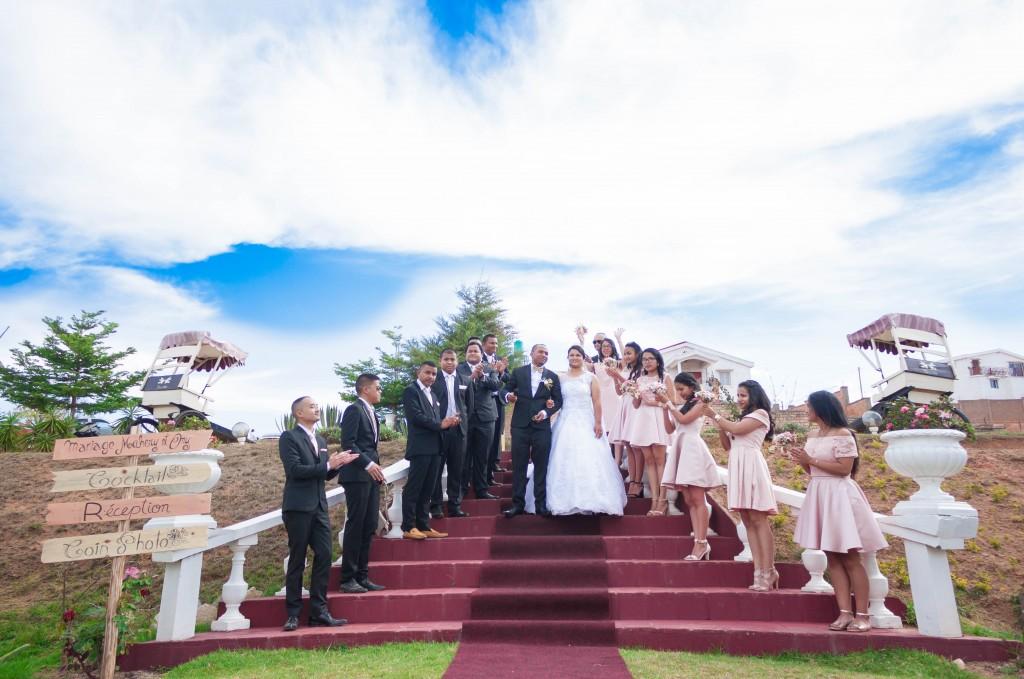 filles d'honneur-mariage-colonnades-mariage-Madagascar-7
