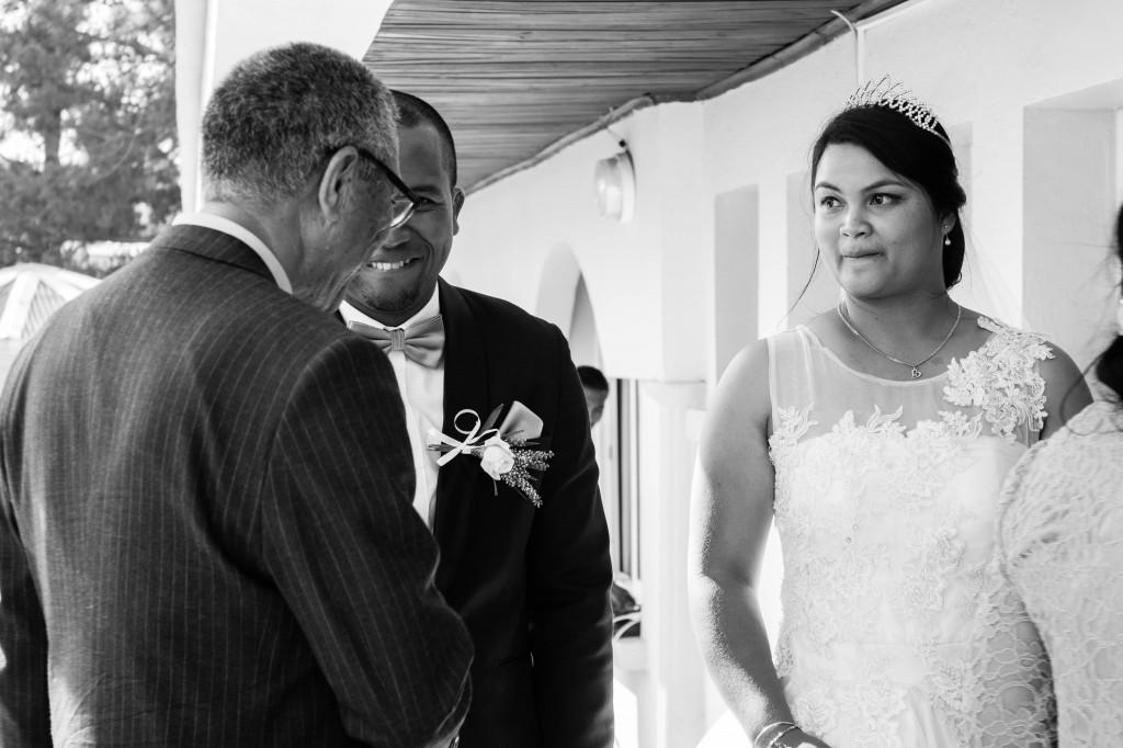 couple-mariage-colonnades-madagascar-2