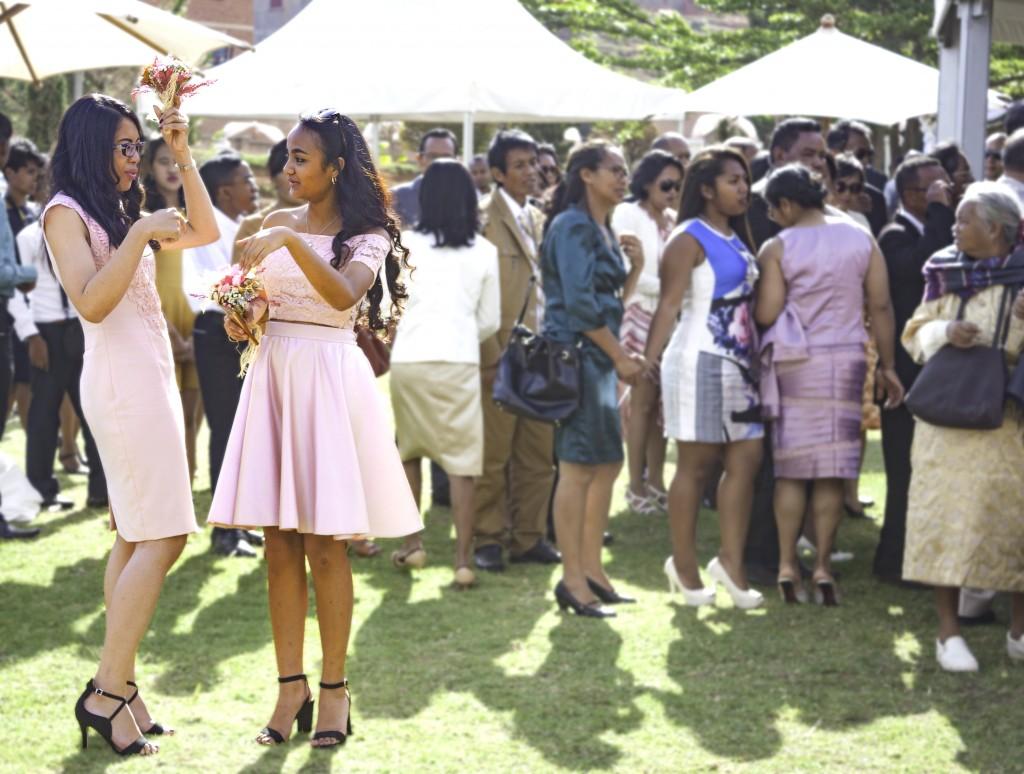 filles d'honneur-mariage-colonnades-mariage-Madagascar-3