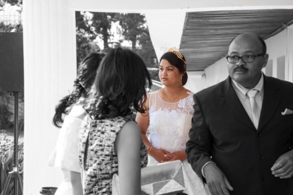couple-mariage-colonnades-madagascar-1