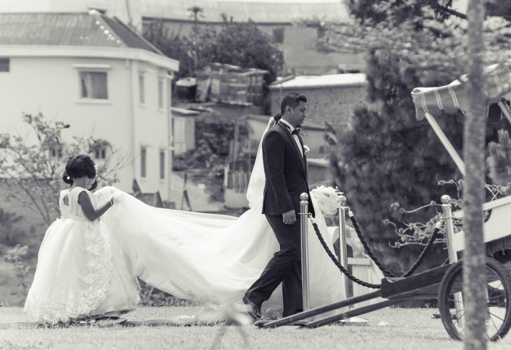 mariage-colonnades-mariés-tapis-rouge-2018