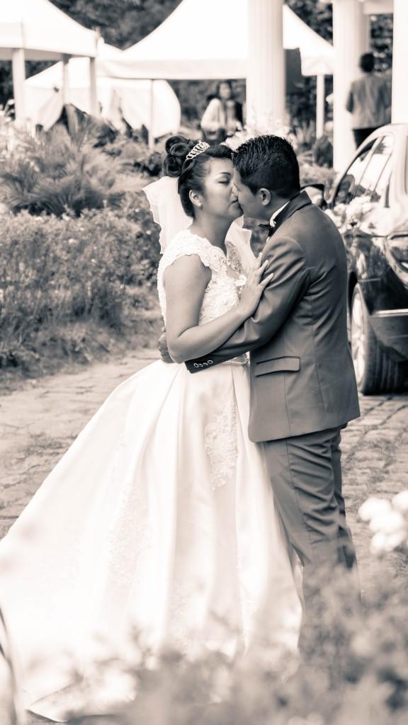 Mariage-colonnades-décembre-mariés-séance-photos