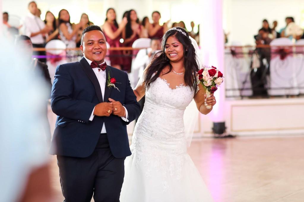 Mariage-Colonnades-acceuil-mariés-salle-sitraka&hasina