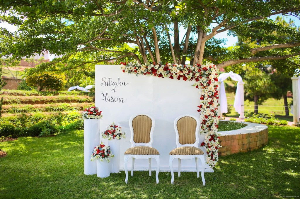 Mariage-Colonnades-déco-jardin-sitraka&hasina