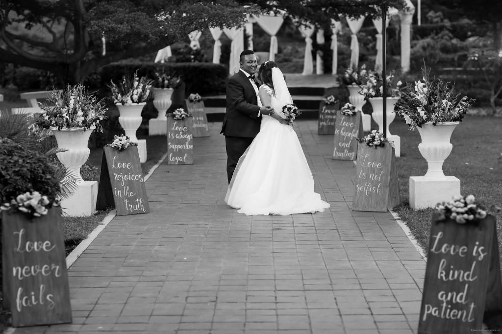 Mariage-Colonnades-shootin-mariés-sitraka&hasina