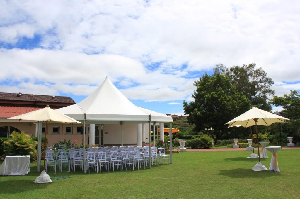 Ministère-affaires étrangères-madagascar-colonnades (1)