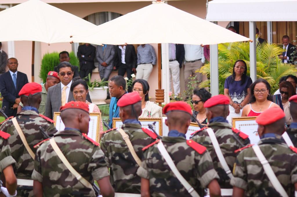 Ministère-affaires étrangères-madagascar-colonnades (17)