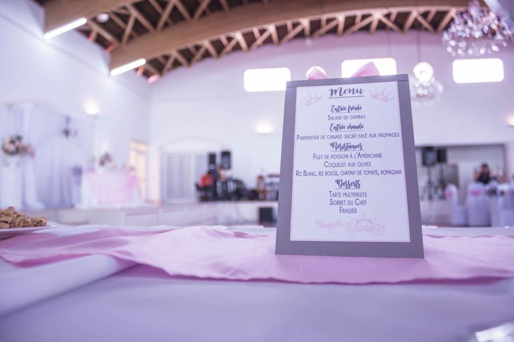 décoration-table-mariés-mariage-colonnades-espace