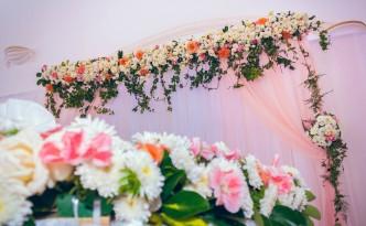 décoration-florales-fée-des-rêves-colonnades