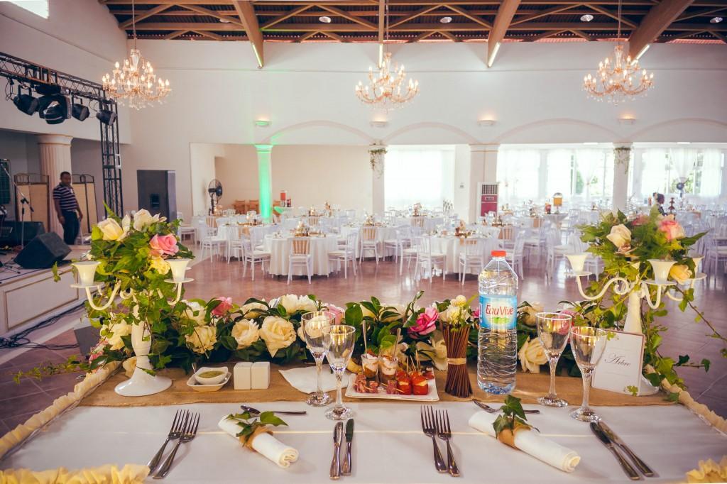 décoration-bienvenue-salle-de-réception-table-mariés-mariage-2
