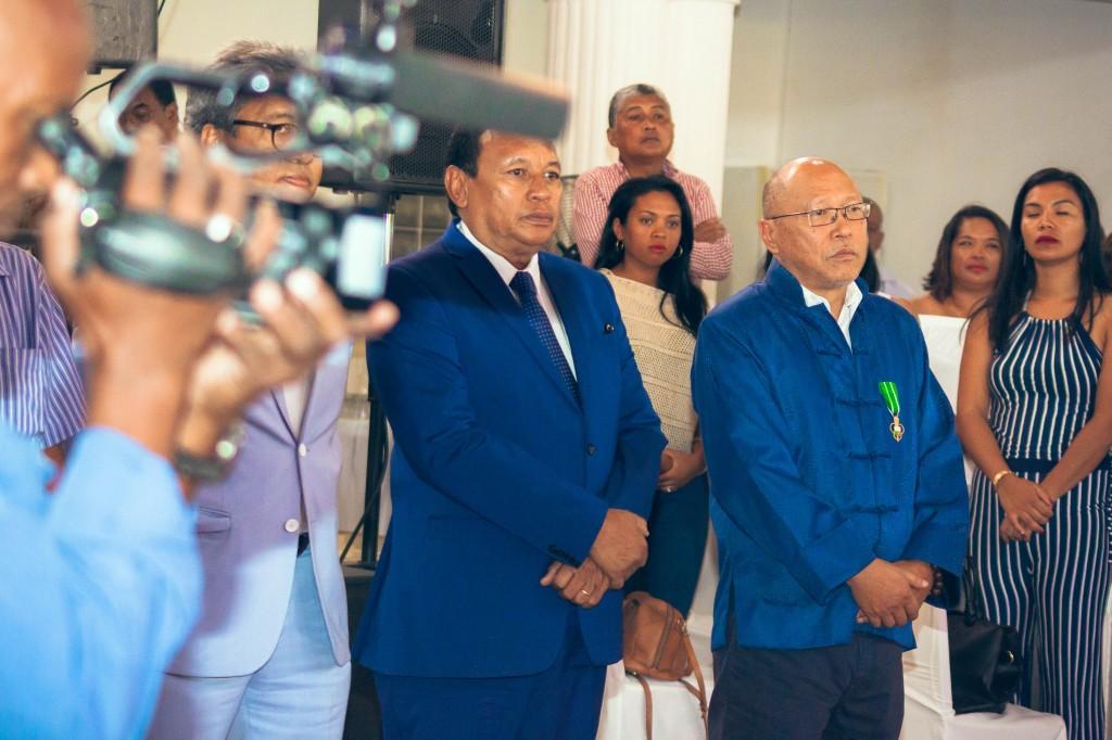 remise-médailles-FSAM-Antananarivo-2018-Colonnades