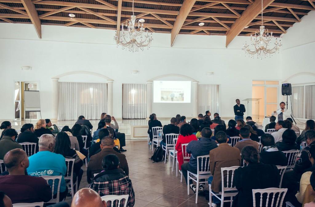 séminaire-réunion-unicef-madagascar-colonnades
