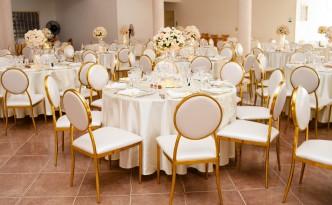 chaises-médaillons-mariage-Antananarivo