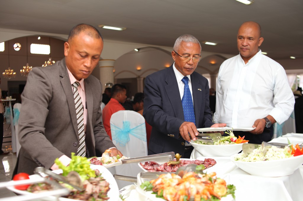 Mariage-colonnades-Antananarivo-buffet-niry&rina-photosary (4)