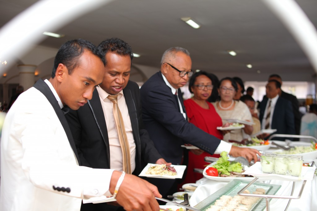 Mariage-colonnades-Antananarivo-buffet-niry&rina-photosary (6)