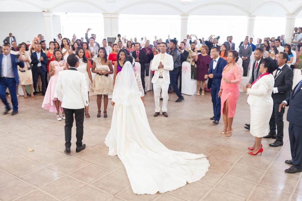 mariage-Antananarivo-colonnades