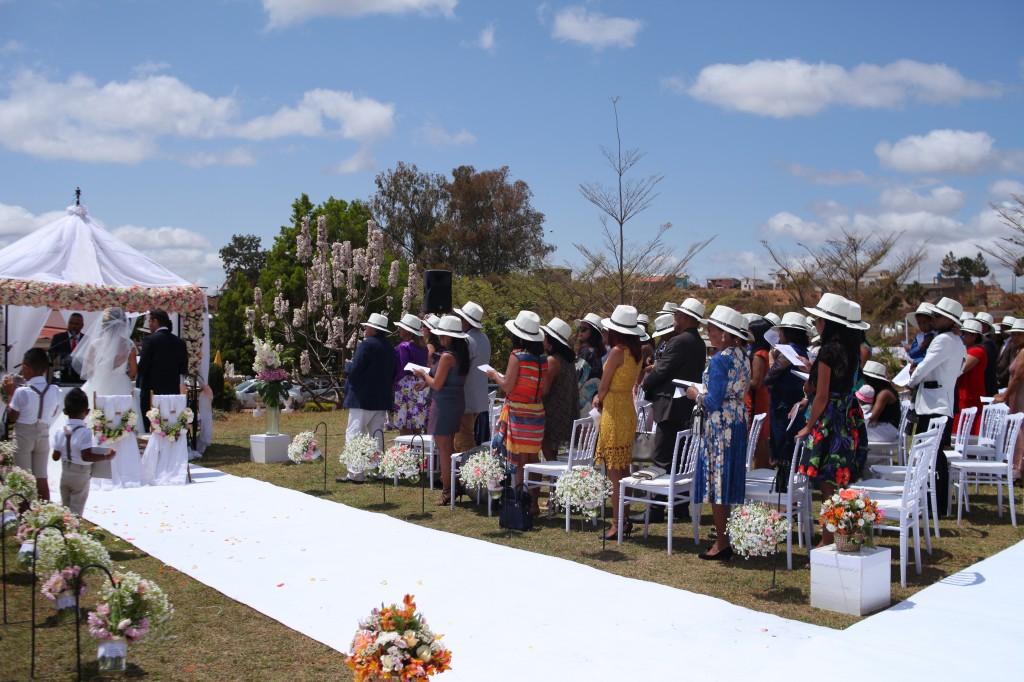cérémonie mariage champêtre colonnades photosary emilio elviane (13)
