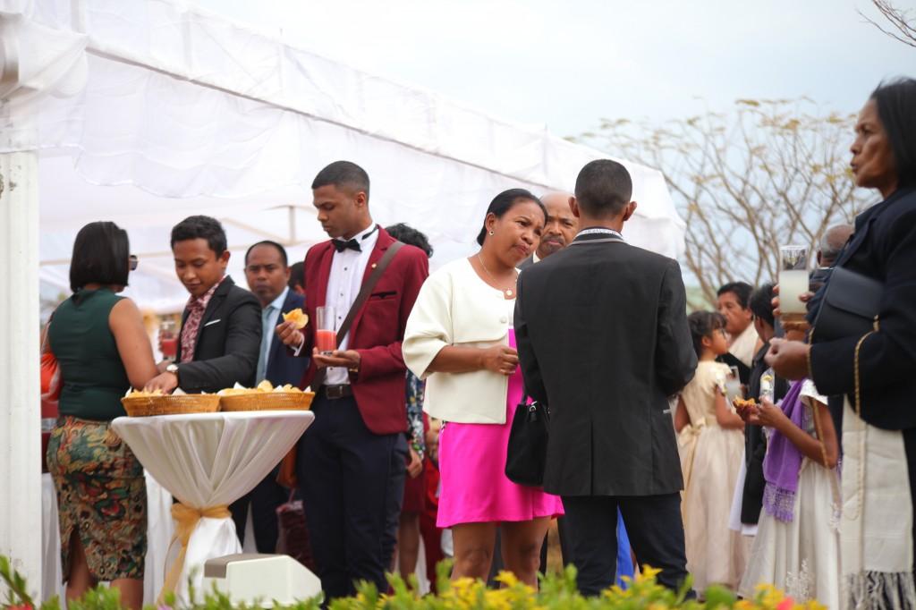 verre de bienvenue mariage espace colonnades Ny hasina Ronnie (4)