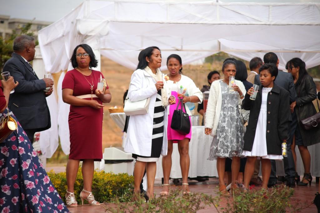 verre de bienvenue mariage espace colonnades Ny hasina Ronnie (5)