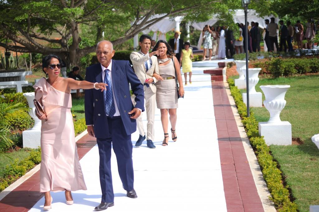 Accueil-invités-Décoration-salle-réception-mariage-Laza-Volana (12)