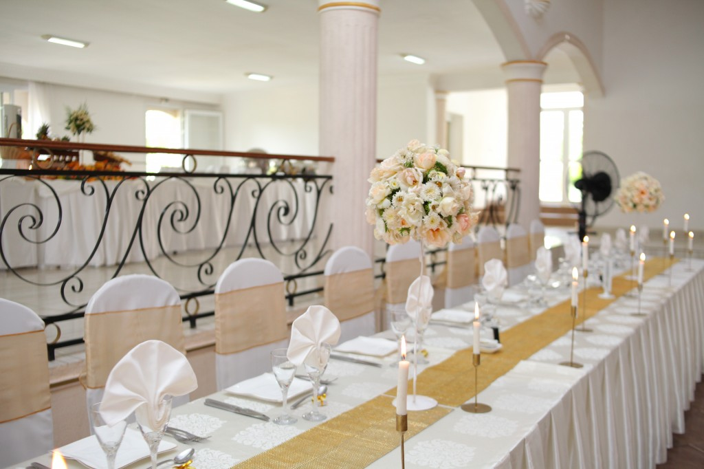 Décoration-salle-réception-mariage-Laza-Volana (6)