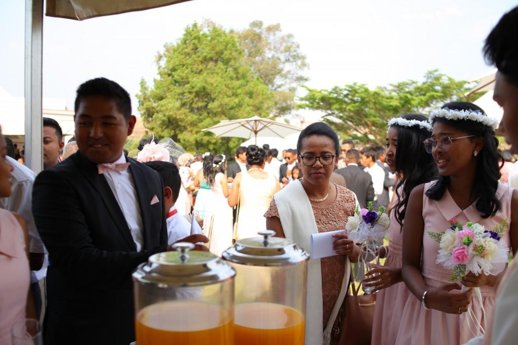 cocktail jardin colonnades mariage antonio sitraka (11)