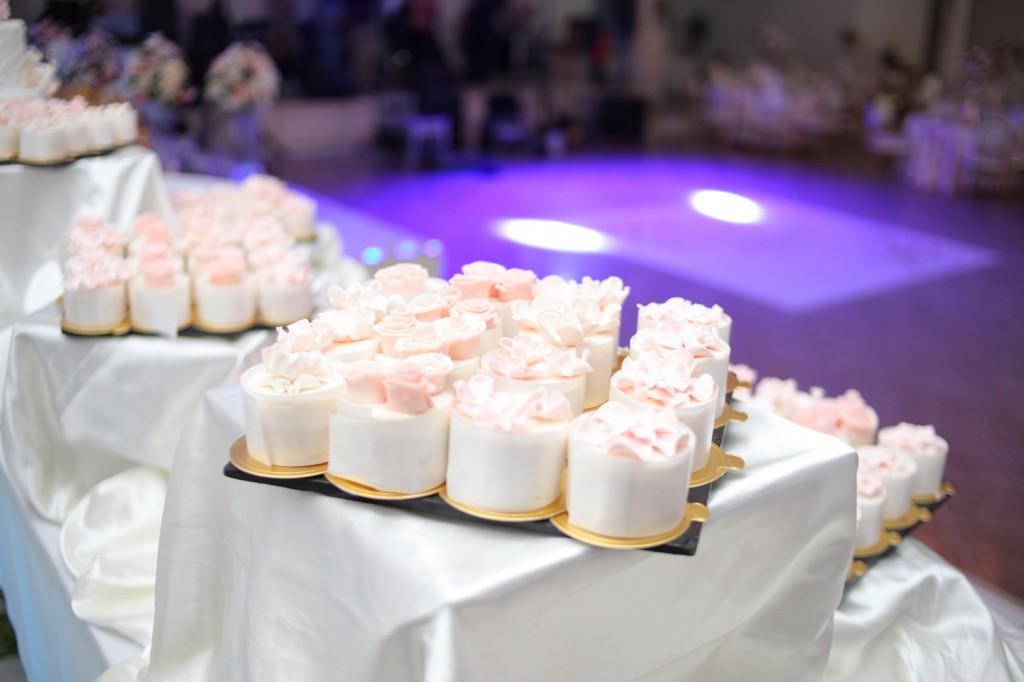 gateau colonnades mariage antonio sitraka (3)