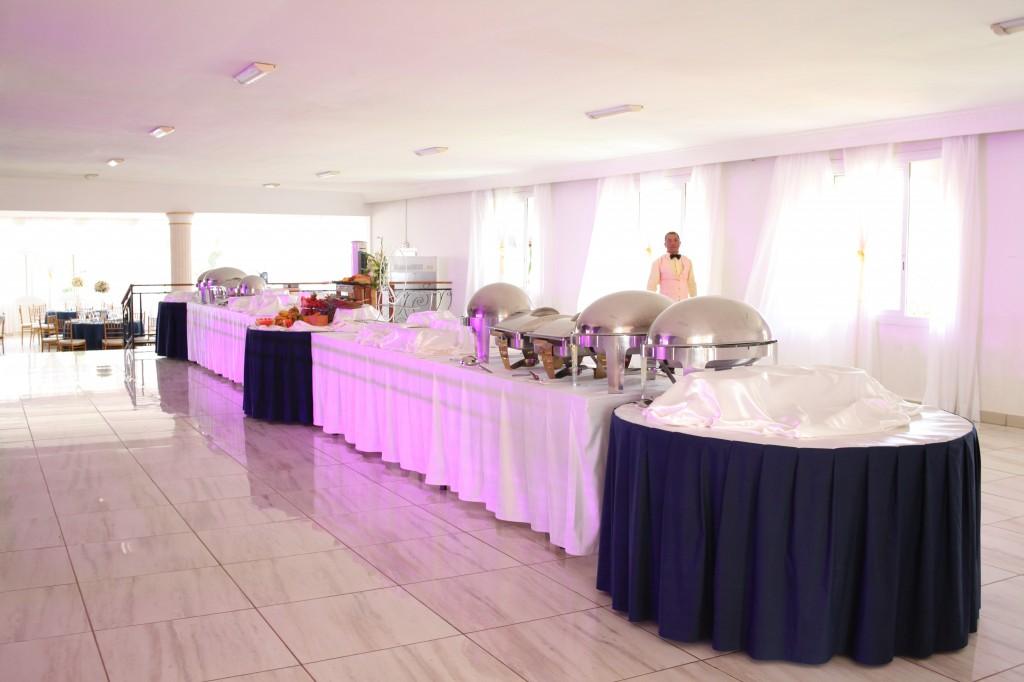 grand-buffet-mariage-espace-colonnades-Ionja-Alda (1)
