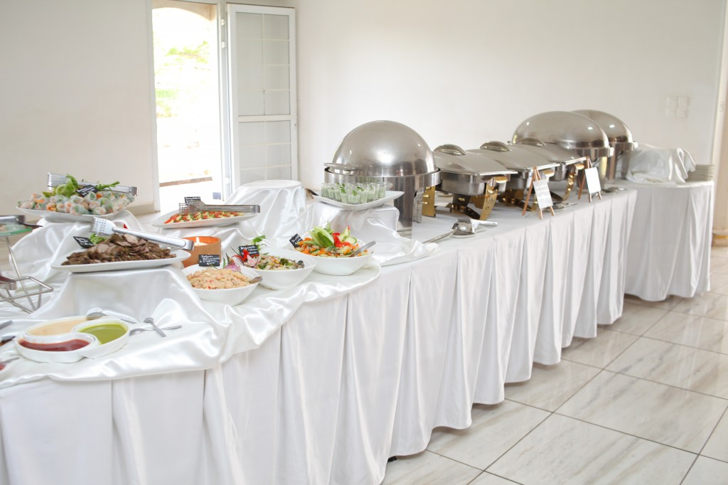 grand-buffet-salle-réception-mariage-Laza-Volana (3)
