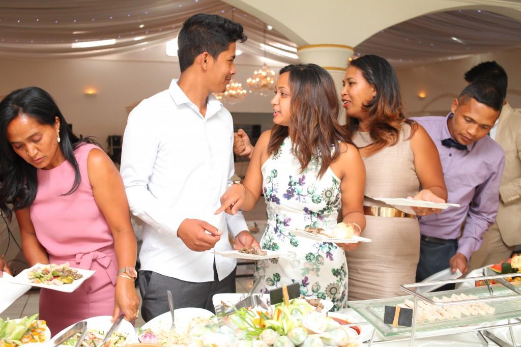 grand-buffet-salle-réception-mariage-Laza-Volana (7)