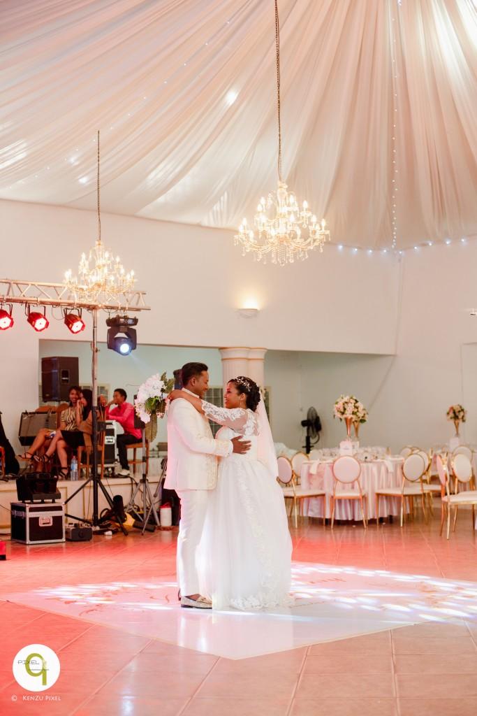 Antonio & Sitraka mariage espace Colonnades (3)