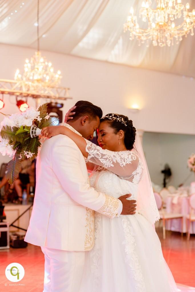 Antonio & Sitraka mariage espace Colonnades (4)