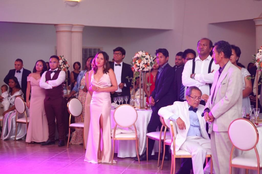 ambiance en salle de récéption mariage Colonnades Mamitiana & Tatiana (3)