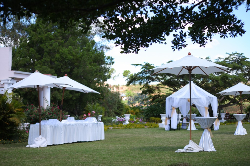 décoration jardin mariage Colonnades Mamitiana & Tatiana (3)