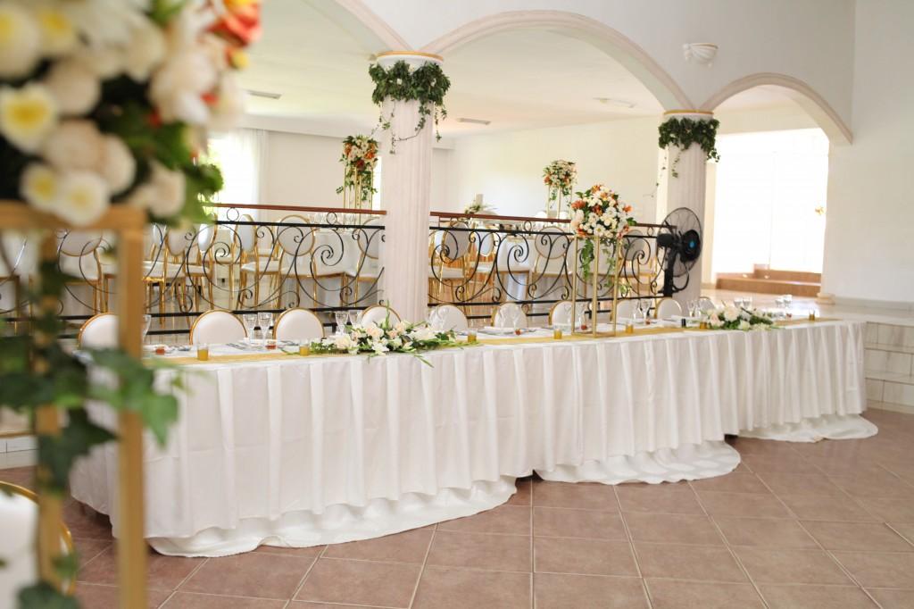 décoration salle de récéption mariage Colonnades Mamitiana & Tatiana (7)