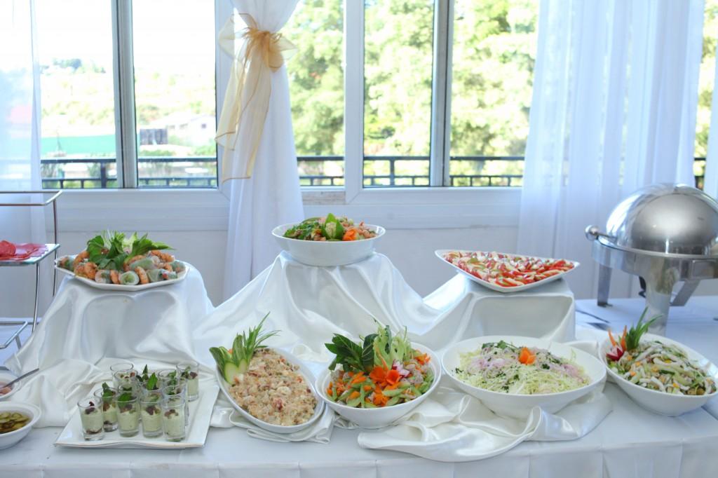 grand buffet salle de récéption mariage Colonnades Mamitiana & Tatiana (5)